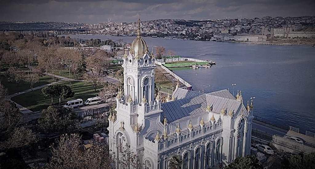 Demir Kilise Açılışına Sıkışmış Ekümenik Siyaseti
